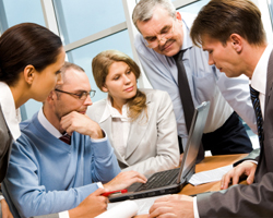 Involve In-house Trainers and SMEs in eLearning Initiatives