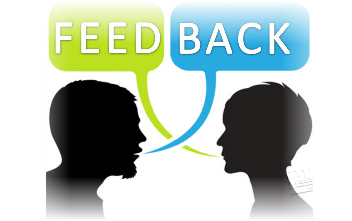 How to Give Feedback in E-learning Assessments?