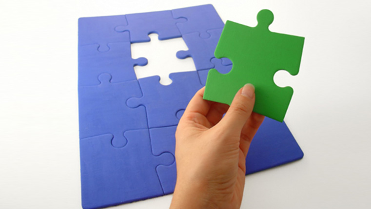 How to Create a Jigsaw Puzzle Using Adobe Captivate 7?