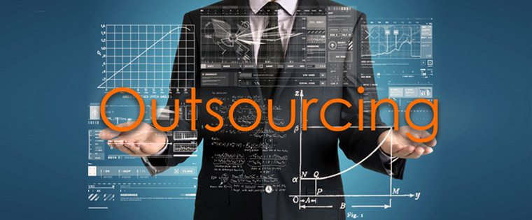 Outsourcing E-learning - Risks and Rewards