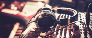 Sound Effects in E-learning: Top 8 Sample Music Sites